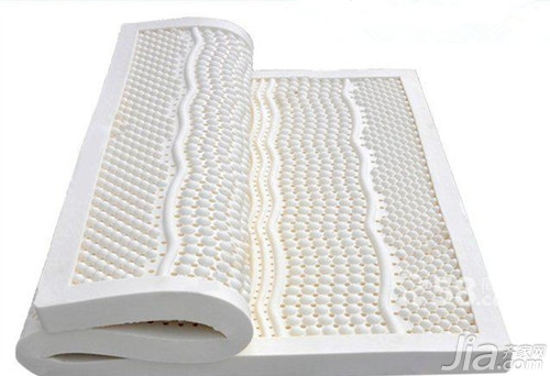 乳胶床垫和椰棕床垫哪个好生活